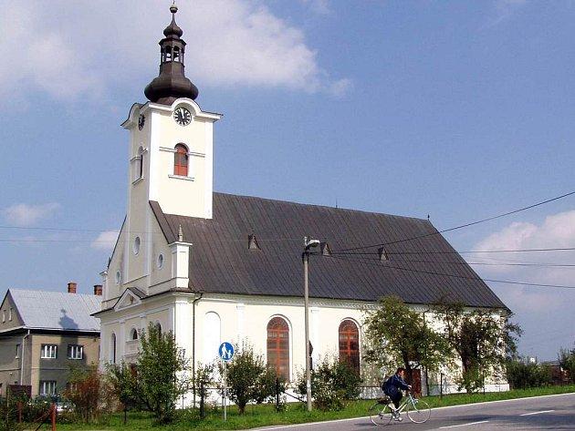 Bludovický kostel slaví