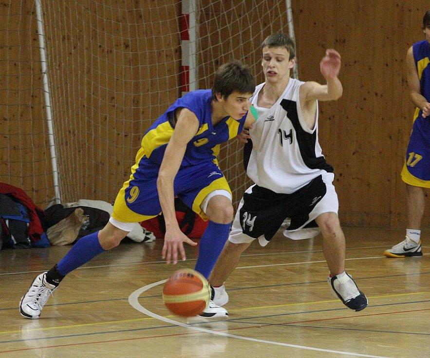 Mladí basketbalisté Sokola doma podlehli Kyjovu po dvojím prodloužení.