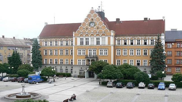Český Těšín – náměstí a radnice