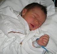 První miminko se narodilo 18. dubna paní Evě Huttové z Karviné. Danielek po narození vážil 3000 g a měřil 48 cm.
