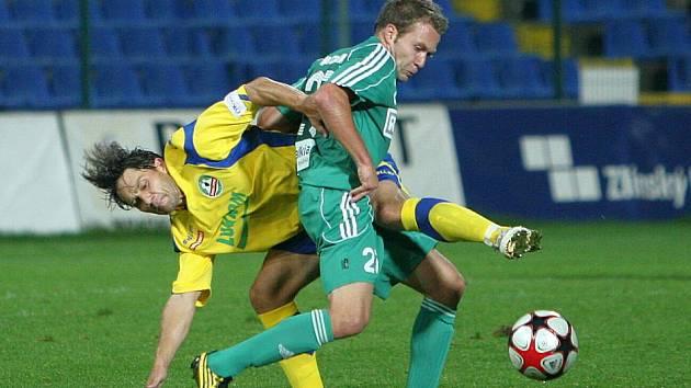 Fotbalisté Karviné (v zeleném) prohráli ve Zlíně 4:1.