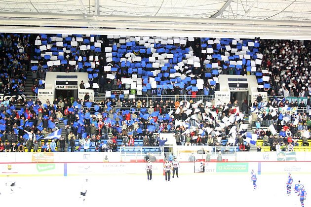 Báječná kulisa na havířovském zimním stadionu z posledního derby. Jak to bude vypadat v sobotu?