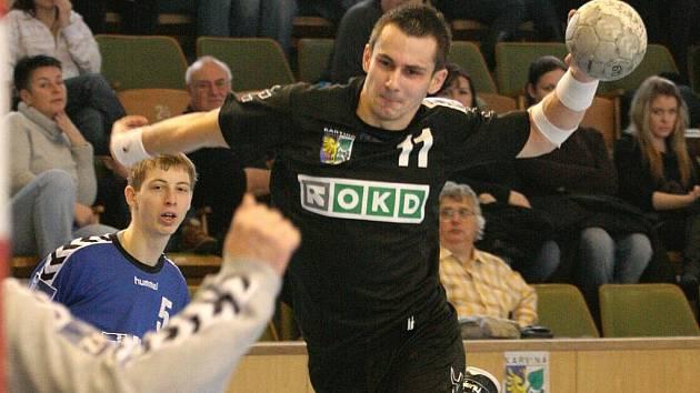 Karvinští házenkáři si poradili s Třeboní a už je čeká jen poslední zápas základní části.