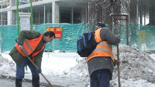 Úklid sněhové nadílky
