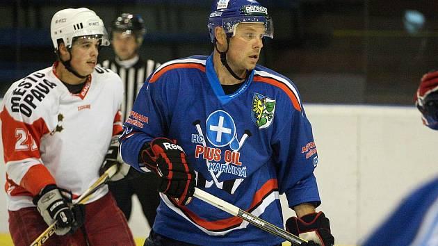 David Galvas je nejproduktivnějším obráncem hokejové Karviné.