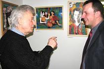 Autor Václav Vrba (vlevo) debatuje s pastorem Vladislavem Volným.