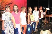 Nejúspěšnější zpěváci v kategorii 6 až 10 let.
