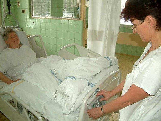 V nemocnici bude poplatky vybírat automat, jak to ovšem budou dělat lékárníci a praktičtí doktoři, se zatím neví.
