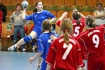 Karvinské žačky se zúčastnily házenkářského turnaje v Uherském Hradišti.
