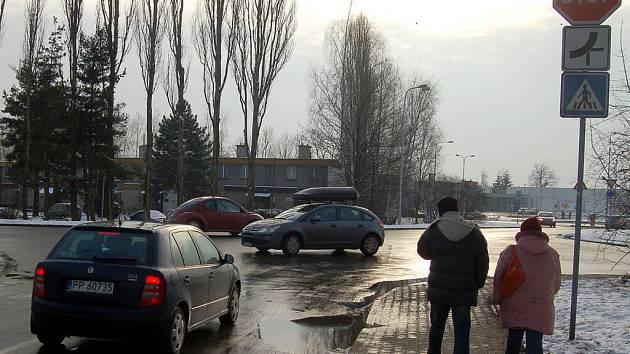 Na místě křižovatky ulic Ciolkovského, Božkova a Polská má vzniknout rondel.