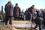 Pohřeb obětí vraždy v Petřvaldě.