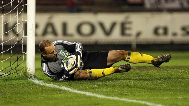 Gólman Karviné Jakub Kafka věří, že když fotbalu dáte vše, tak vám to vrátí.