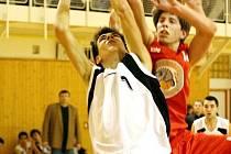 Basketbalové soutěže pokračovaly.