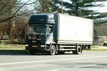 Řízení nákladních automobilů se prodraží.