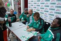 Fotbalisté MFK OKD Karviná absolvovali v uplynulých dnech tři akce pro děti.