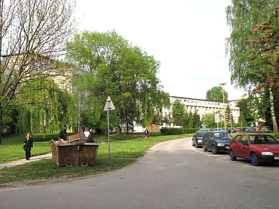 Škola v květnu 2009