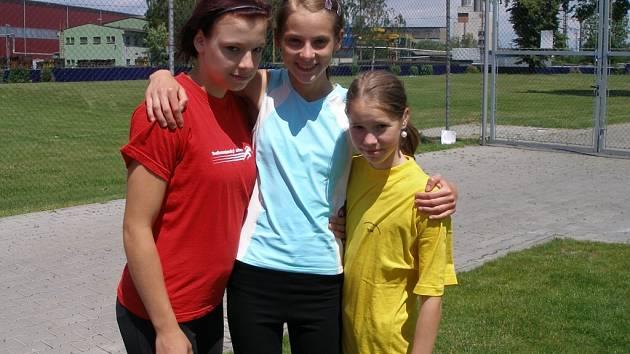 Orlovské atletky zleva Paluchová, Perutková a Gerulová.