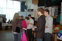 V Orlové ve čtvrtek školy nabízely obory, které u nich současní deváťáci mohou studovat.