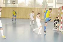 Sálovkáři stonavského Premia zakončili základní část ligy na čtvrtém místě.