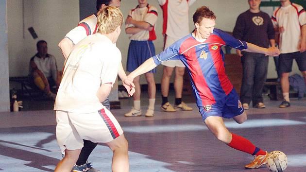 Karvinská Benesport futsalová liga se naplno rozjíždí.