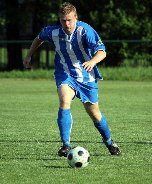 Také bohumínští fotbalisté jsou oslabeni o čtyři hráče základní sestavy. Stále shánějí stopera a útočníka.