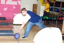 Bowling cup pokračuje.