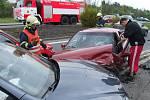 Vážně vyhlížející nehoda se obešla bez zranění.