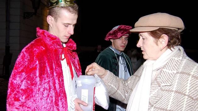 Tři králové vybírají peníze pro potřebné.