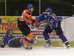Hokejisté Orlové neuspěli na ledě Hodonína, takže si v sobotu střihnou úterní repete na domácím ledě.