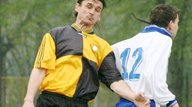 David Grygar (vlevo) zakončil sezonu porážkou a hodlá končit s aktivní kariérou.