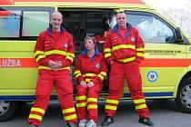 Záchranářka Jana Pawlasová se svými kolegy z posádky