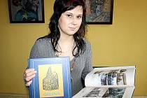 Mezi prvními zájemci o publikaci byla i čtyřiadvacetiletá studentka vysoké školy Veronika Adamcová.