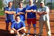 Po výhře nad Pustkovcem jsou nohejbalisté Horní Suché na čele krajské soutěže.