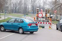 Na řidiče, kteří vjeli do zákazu, čekali strážníci.