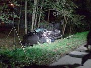 Nehoda osobních vozidel v Dolní Lutyni