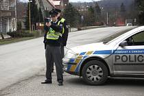 Policisté v Horní Suché měří rychlost s nových radarem