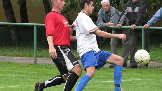 Fotbalový víkend nabídne řadu zajímavých soubojů.