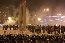 Nový rok se slavil na náměstí Republiky u kyvadla.