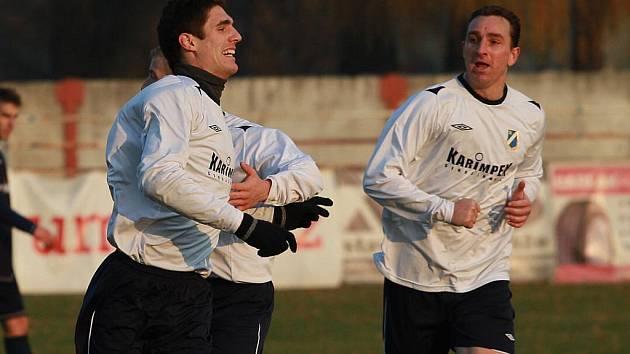 Milan Prčík (vpravo) zažil se spoluhráči na podzim hodně radosti.