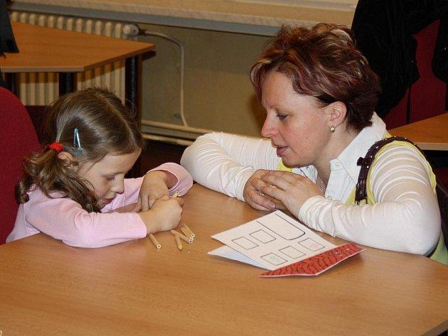 V Českém Těšíně se už rozběhly zápisy do prvních tříd základní škol