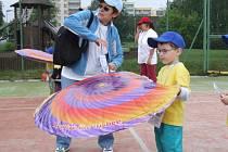 Na děti, které se účastnily paralympiády, čekala řada soutěží.