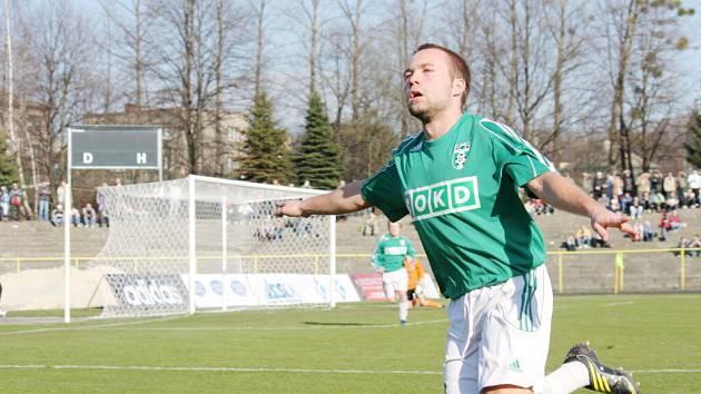 Vladan Milosavljev je v extázi. Právě dal gól Ústí. Schoval si nějaký ten zásah  i na sobotu?