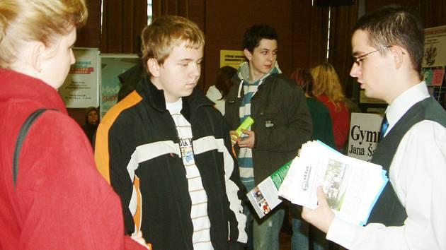 Studenti prezentovali své školy