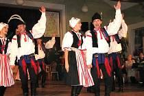 Fedrování s folklorem v Dělnickém domě v Horní Suché.