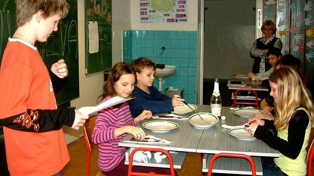 Děti se dnes ve školách učí hodně praktických věcí, které budou v životě potřebovat.