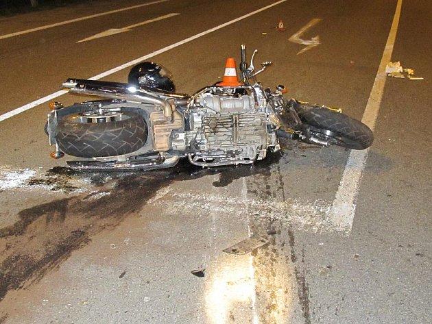 Nehoda automobilu s motocyklem