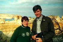 Miroslav Vavrys s Jossie Cornish na Great Ocean Road v Austrálii.