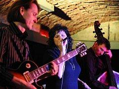 Na 37. ročníku Těšínského jazzového festivalu se představila mj. nejlepší česká jazzová zpěvačka Elena Sonenshine se svým Triem.