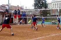 Havířovští volejbalisté odehráli turnaj v Chlumci nad Cidlinou se ctí.
