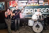 Z havířovské větve soutěže se do velkého finále probojovala i kapela Manipul z Opavy.